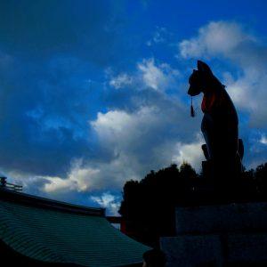 秋の京都・第二幕[5]:伏見稲荷大社も染まるには・・・