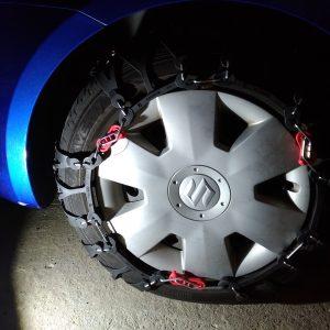 装着!「非金属タイヤチェーンバイアスロンクイックイージーQE6」